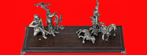 Подставка для ножа Охота на волков, венге, мельхиор