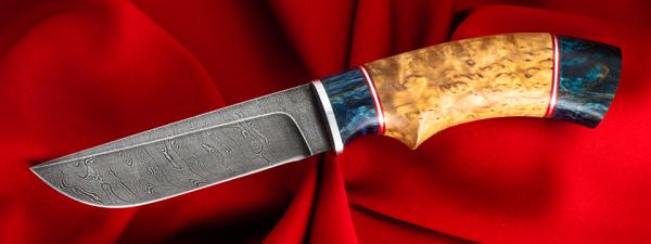 """Нож """"Грибник"""", клинок дамасская сталь, рукоять наборная карельская береза, больстер и навершие (цвет синий, металл)"""